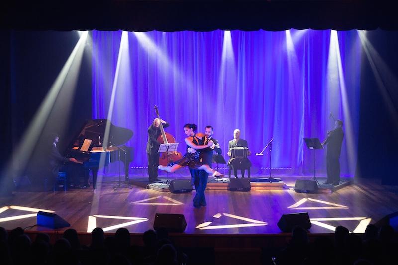 Luís Rossier & Gisela Hendricks e Grupo Tango 4