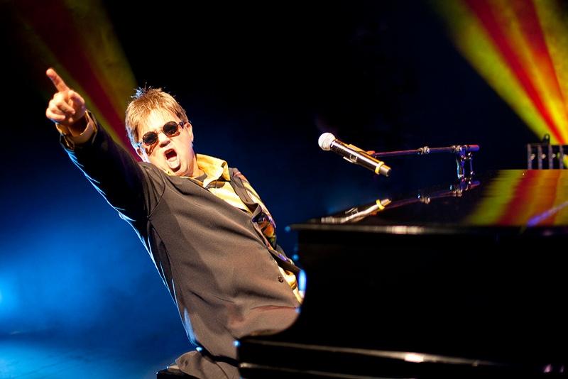 Maestro Rogério Martins - Elton John Tribute & Rocket Band