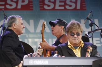 Domingo na Paulista - Elton John