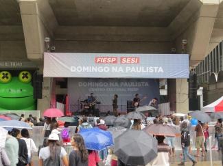 Domingo na Paulista - Periferia a massa