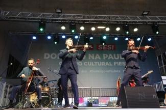 Domingo na Paulista - Família Lima